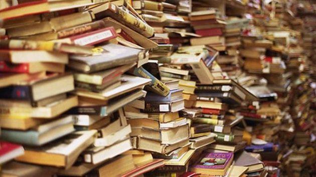 soñar con muchos libros