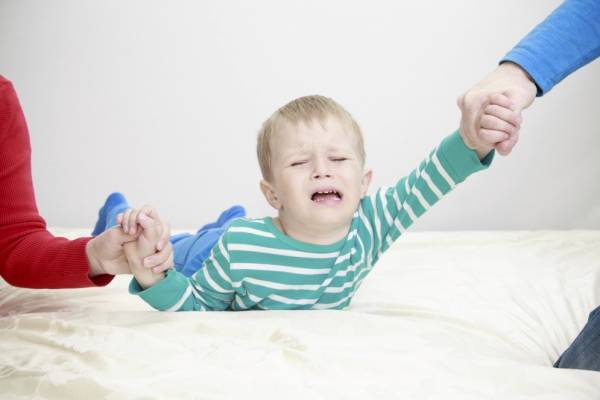soñar haciendo llorar a un bebé