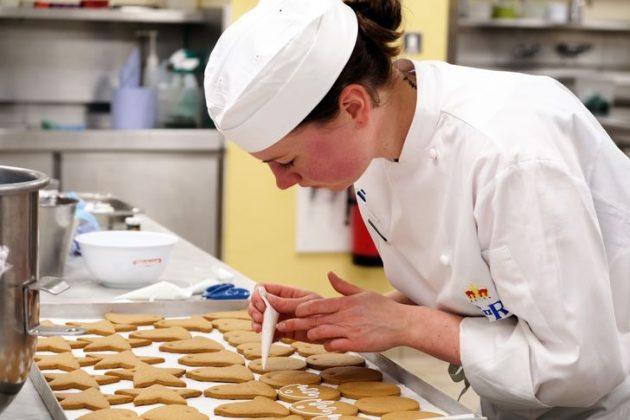 soñar hacer galletas