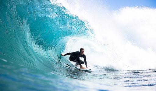 soñar con surf ola grande
