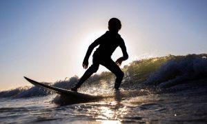 ¿Qué significa soñar con Surfear?